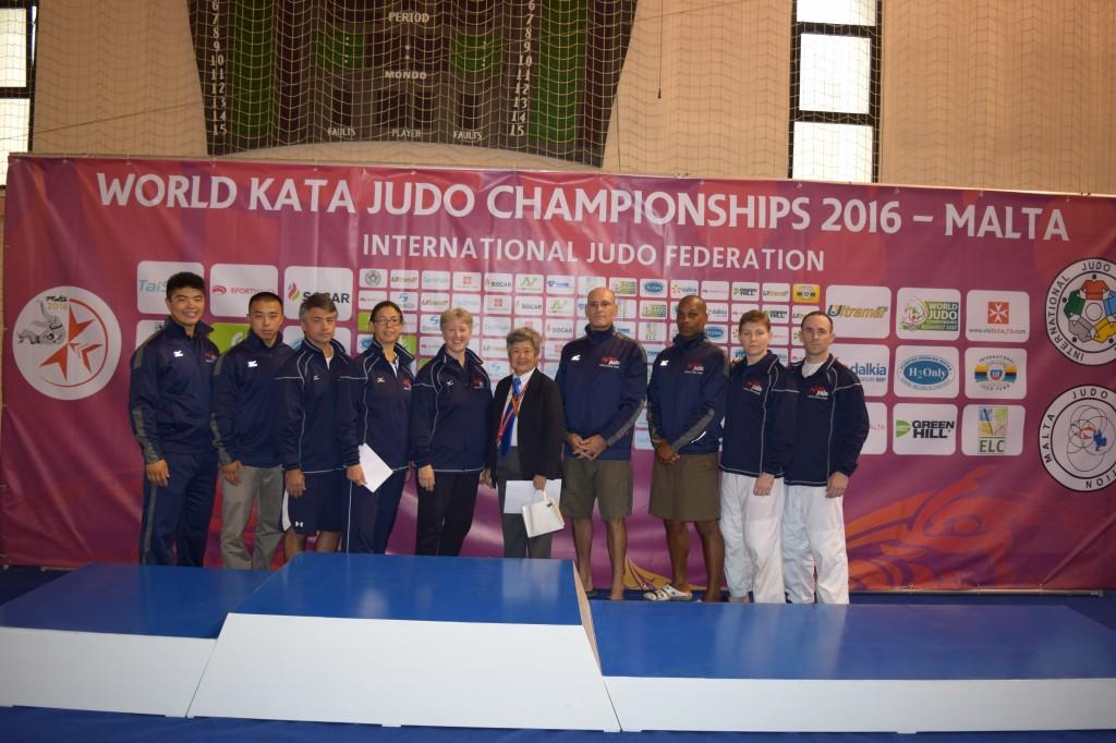 2016 United States World Kata Team Oishi, Tamai, Jackson, Shimizu, Takeuchi, Lifshitz, Burton,